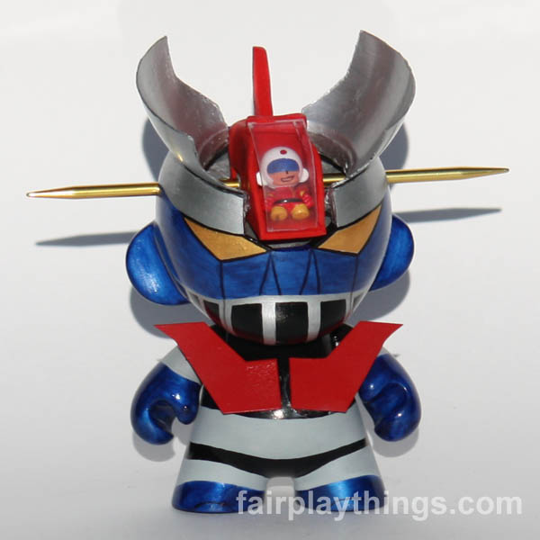 Mazinger - front view